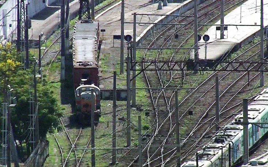 Criminosos sequestram trem na zona norte do Rio de Janeiro