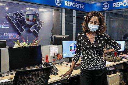 Glória Maria voltou ao estúdio nesta terça (25) para gravar o Globo Repórter