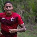 Destaque com a camisa do Vitória, Guilherme Rend pode ser reforço do rival Bahia
