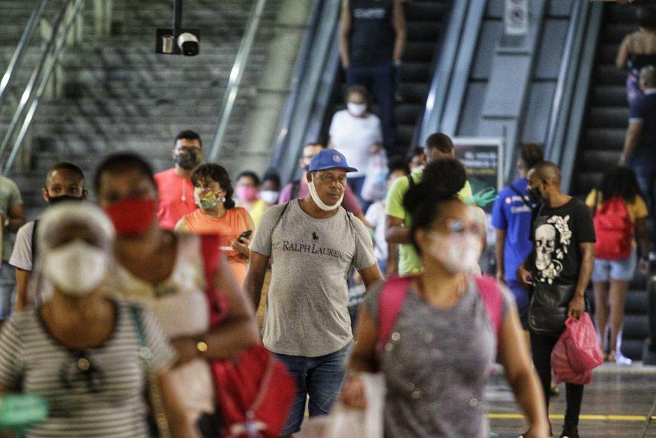 Câmeras da Lapa flagram 214 mil pessoas com uso incorreto de máscara