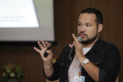 Anderson Paulo ensinou bases de programação para 60 inscritos em oficina