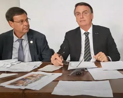 """Bolsonaro diz que se Congresso aprovar, Brasil terá voto impresso """"e ponto final"""""""