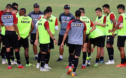 Marcelo Chamusca comanda o Vitória contra o xará de Conquista na estreia do Campeonato Baiano
