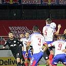 Bahia e Bragantino fizeram jogo de seis gols no Nabi Abi Chedid