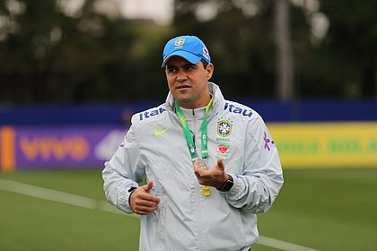 André Jardine é técnico do time sub-20
