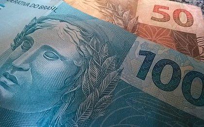 Inadimplência do consumidor cai 2,5% no  acumulado do ano até outubro
