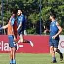 Rossi volta a ficar à disposição e deve ser uma das novidades no Bahia contra o Goiás
