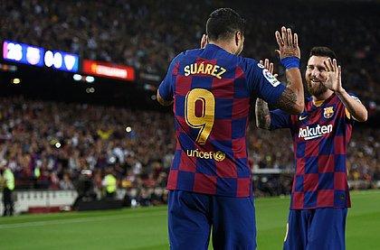 Messi e Suárez marcaram em goleada por 4x0