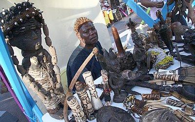 Camaronês Joseph: peças africanas