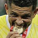 Goleiro Anderson defendeu um pênalti e garantiu o 48º título tricolor