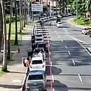 Fila do 5º Centro de Saúde, nos Barris, alcançou a Avenida Centenário, nesta quinta-feira