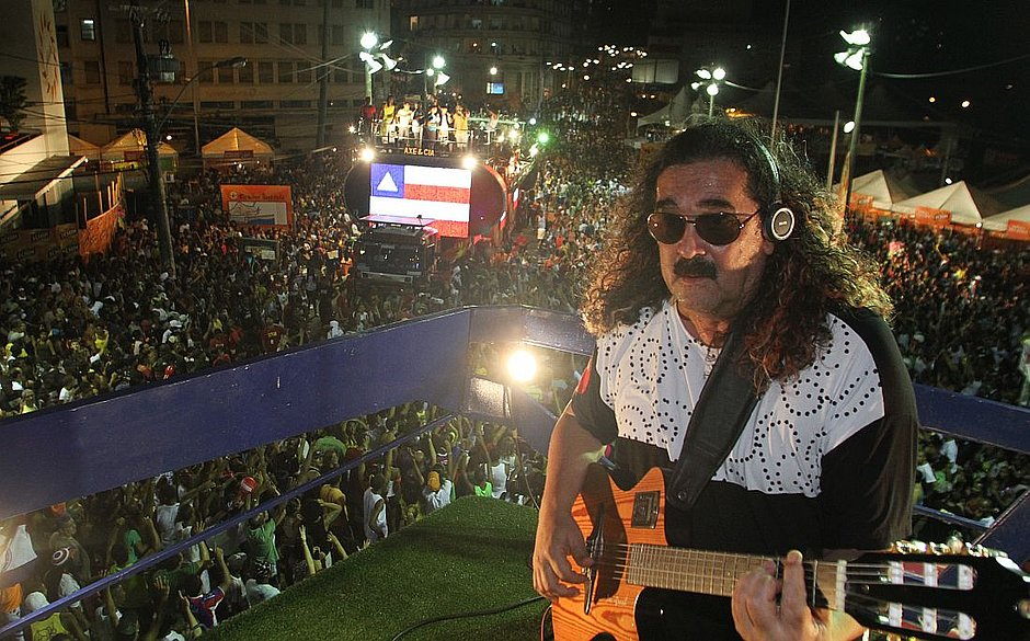Morre aos 72 anos cantor baiano Moraes Moreira 4