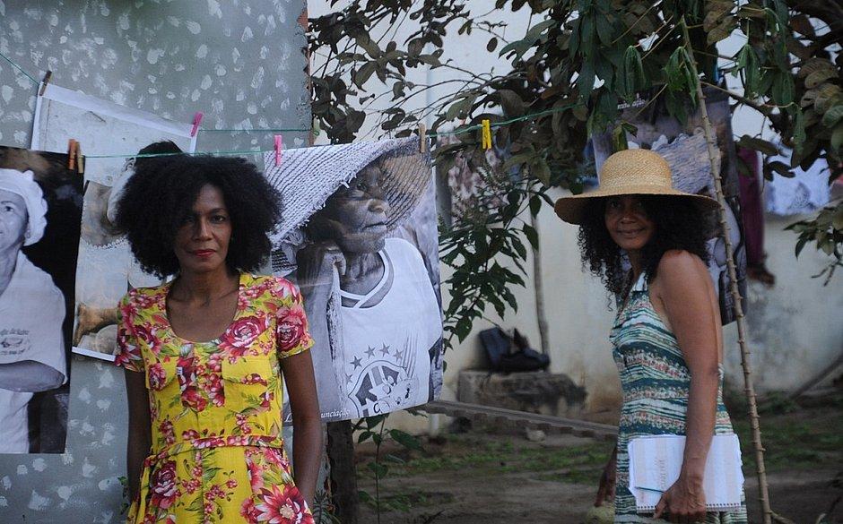 As irmãs Bernadete e Lucy Anunciação voltaram para o sítio onde nasceram, no município de Ipirá (BA)
