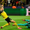Haaland tira de Navas e marca o primeiro gol da partida