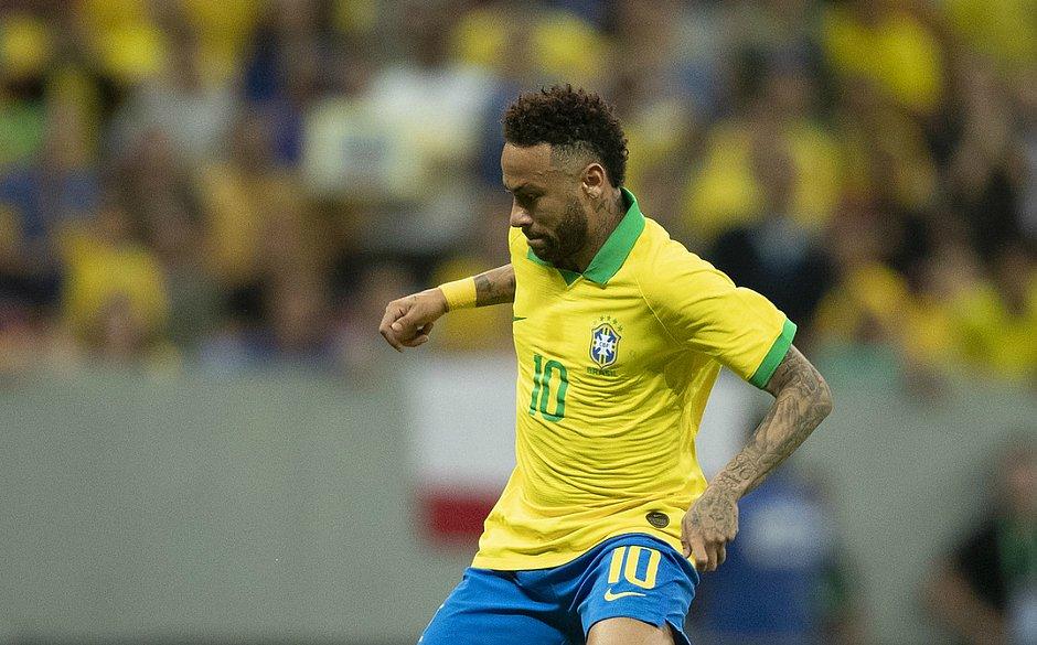 Neymar se lesiona durante amistoso contra o Catar e está fora da Copa América