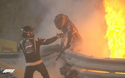 Grosjean conseguiu escapar de fogo após acidente no GP do Bahrein
