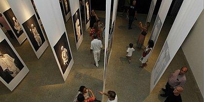 Exposição sobre o Filhos de Gandhy no Palacete das Artes
