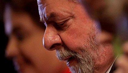 Juristas estrangeiros pedem ao STF que liberte Lula