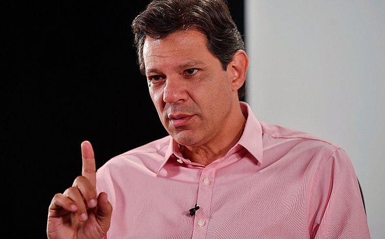 Haddad fala em reajustar Bolsa Família e congelar gás