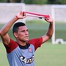 Léo Gomes pede desculpa por ter movido ação contra o Vitória
