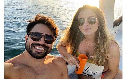 Mulher suspeita de matar namorado no Horto postou foto do casal antes do crime