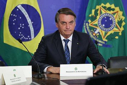 Bolsonaro: Se eu levantar minha caneta BIC e disser 'Shazan', eu viro ditador
