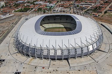 O maior estádio do Nordeste e 4º maior do Brasil tem capacidade para 63.903 torcedores e é a casa dos rivais Fortaleza e Ceará