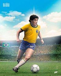 Maradona com a camisa do Brasil