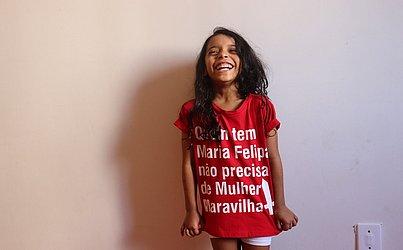 Tainá, 5 anos, quer saber mais sobre a história de Iemanjá