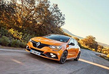 A Renault já produziu o Megane no Brasil no passado e cogitou trazer a versão esportiva RS para o país