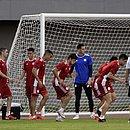 Seleção do Paraguai treina em Pituaçu