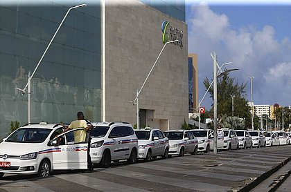 Frota de táxis de Salvador tem 7.296 veículos