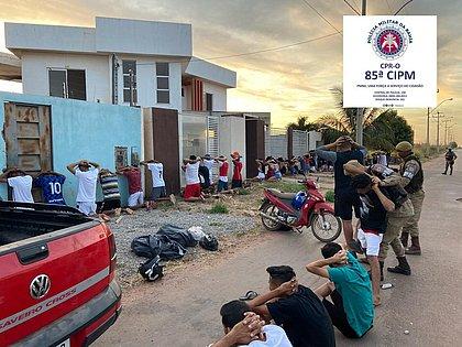 Polícia conduz 34 pessoas de festa para delegacia em Luís Eduardo Magalhães