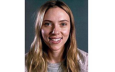 Fotógrafo faz ensaio com retratos de celebridades sem maquiagem ... 225c858531