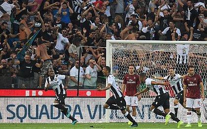 Ex-Bahia, Becão marca e dá vitória da Udinese sobre o Milan