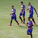 Rodriguinho comemora gol que ajudou o Bahia a se garantir nas semifinais da Copa do Nordeste