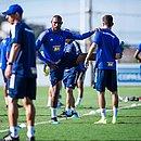 Arthur é o quarto caso confirmado de covid-19 no elenco do Cruzeiro