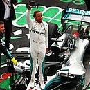 Hamilton comemora pentacampeonato mundial da Fórmula 1 após GP do México