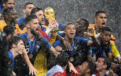 Campeã da Copa do Mundo da Rússia, a França assume a liderança do ranking da Fifa