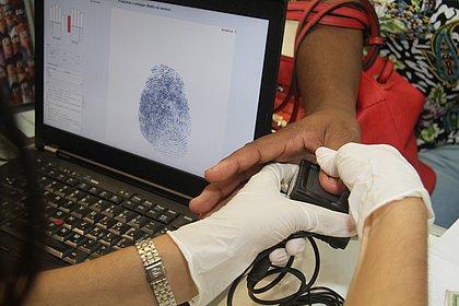 Biometria: mais de 900 mil títulos eleitorais podem ser cancelados na Bahia
