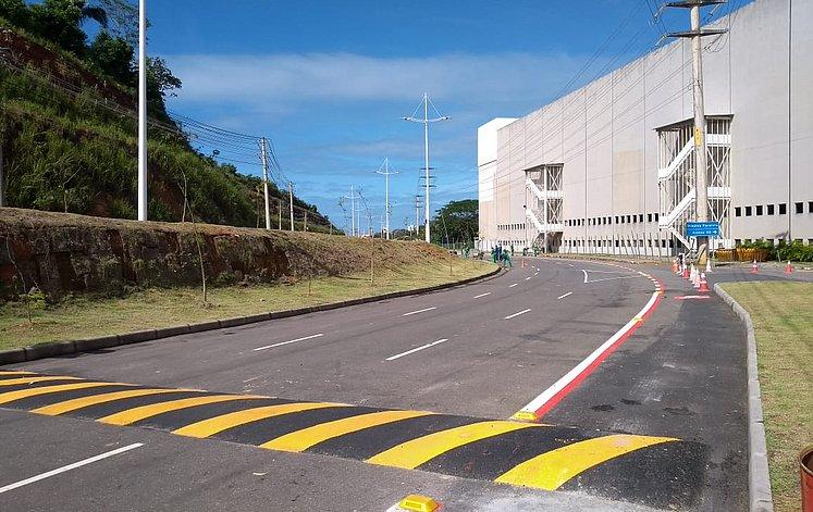 avenida paralela