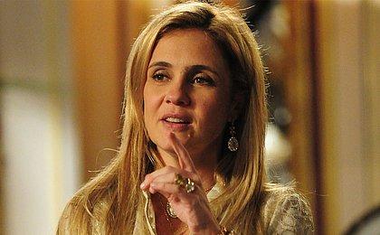 Adriana Esteves 'não queria' reprise da novela 'Avenida Brasil'