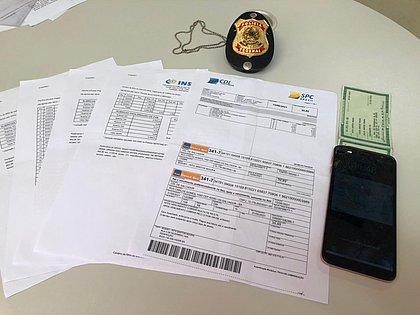 Duas pessoas são presas ao tentar fazer saque fraudulento do INSS em Salvador