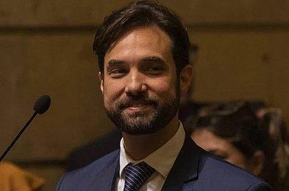 Dr. Jairinho foi a aniversário horas após a morte de Henry Borel