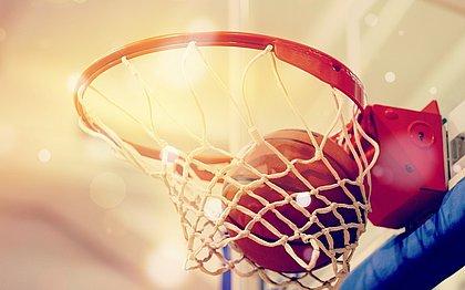NBA pagará salário integral aos atletas em abril mesmo paralisada