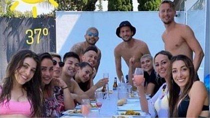Almoço entre jogadores do Sevilla e amigos durante a pandemia foi criticado