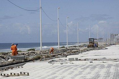 Obras na Boca do Rio em ritmo acelerado para deixar tudo pronto para o Festival da Virada