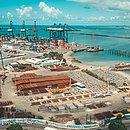 Terminal de Contêineres do Porto de Salvador está sendo ampliado