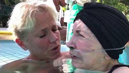 Xuxa faz desabafo no aniversário da mãe: 'tem anos que peço um milagre'