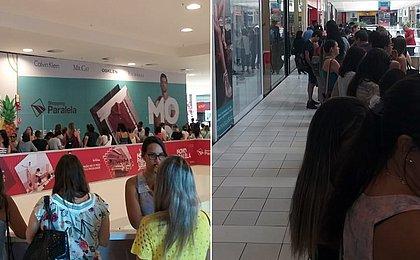 Fãs de Sandy e Júnior fazem fila em shopping de Salvador para pré-venda de ingressos